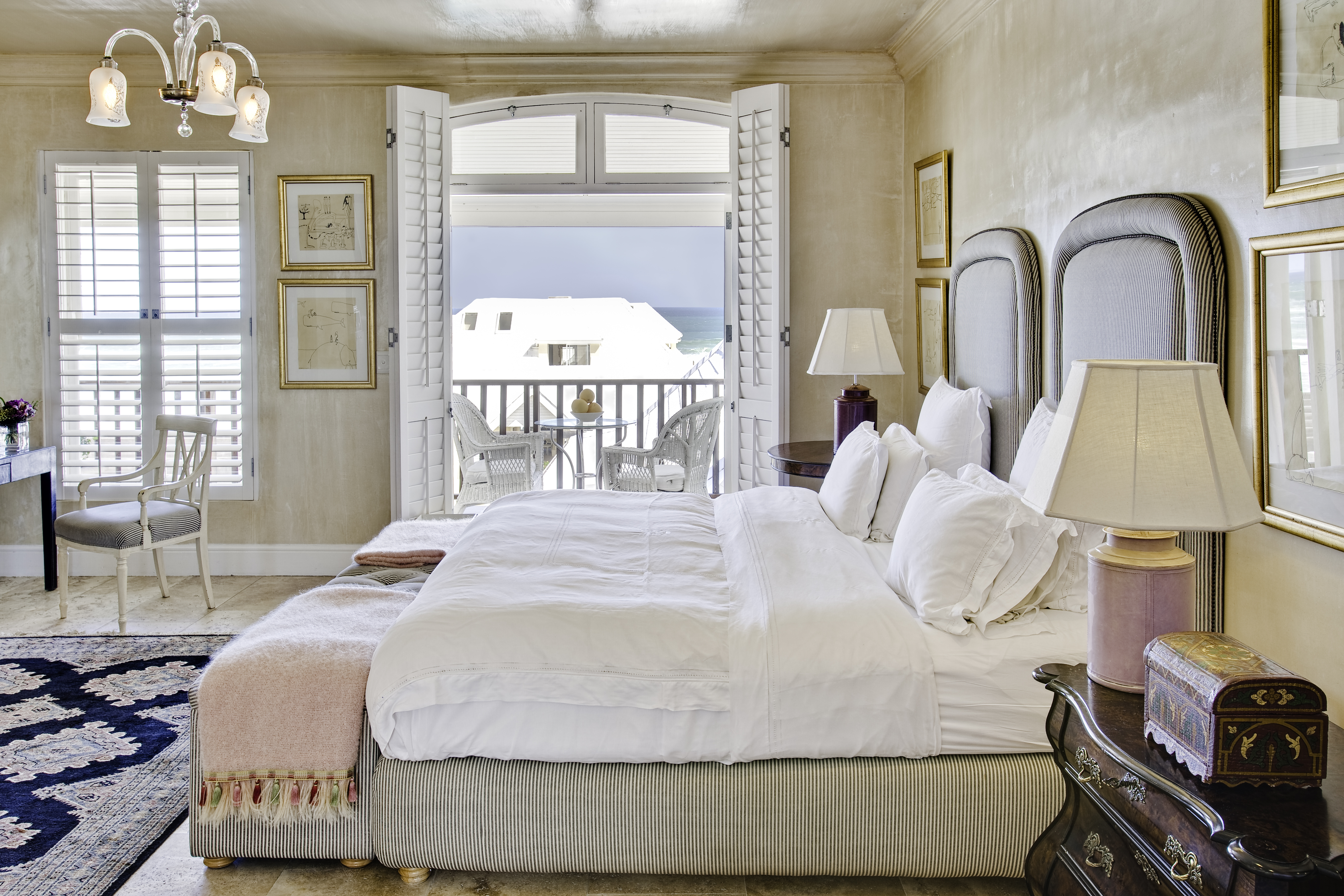 the-royal-portfolio-birkenhead-house-luxury-bedroom-7
